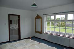Ireland_House_Indoor_Bedroom_A.jpg