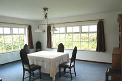 Ireland_House_Indoor_Dining_Room.jpg