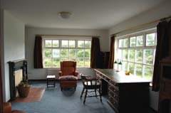 Ireland_House_Indoor_Office_2.jpg